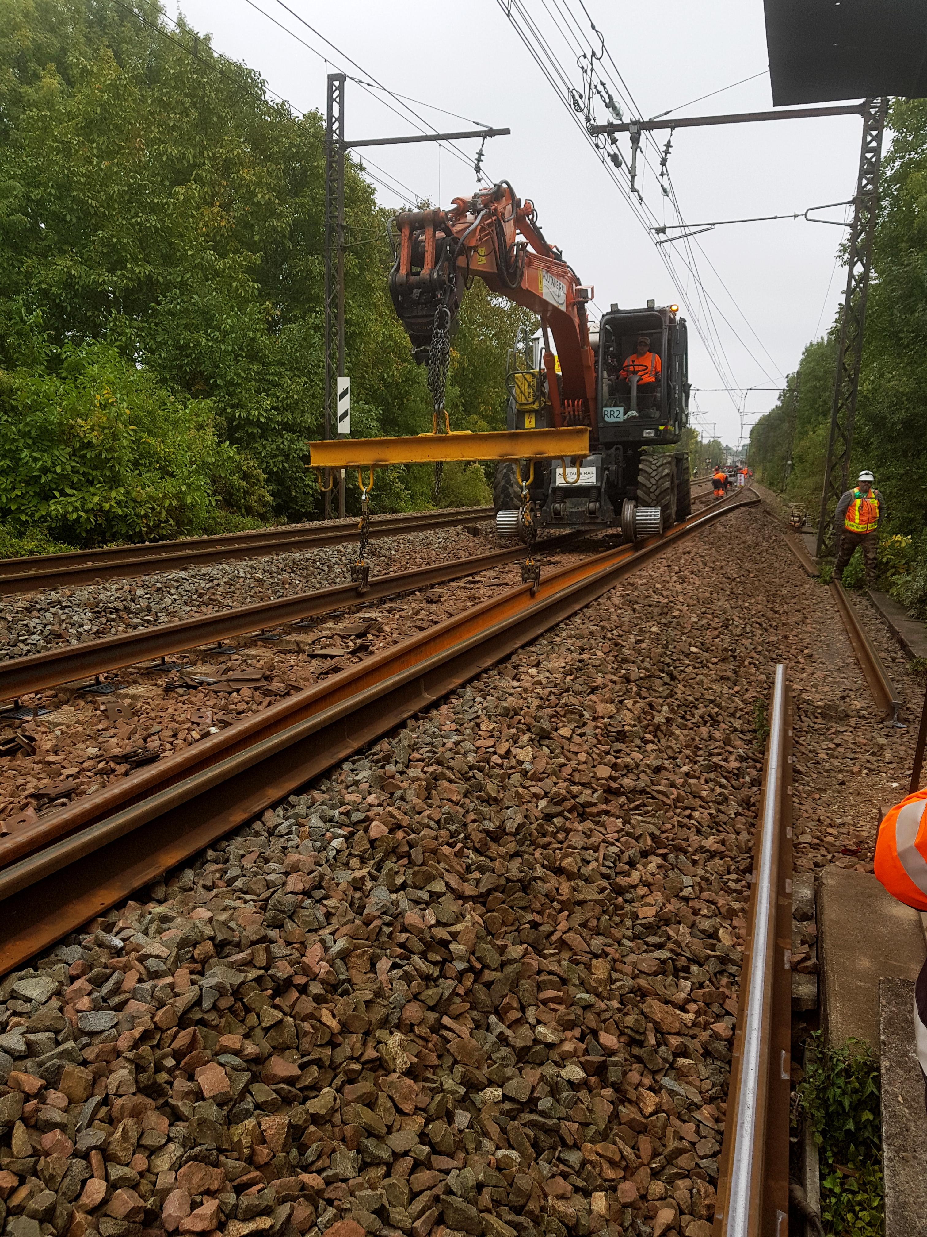 Renouvellement de rail à Poitiers par Aquitaine Rail